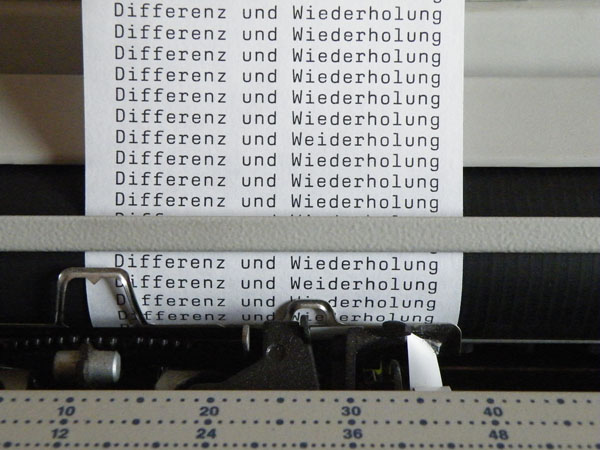 Differenz und Wiederholung+Fröhlich+Schwarz